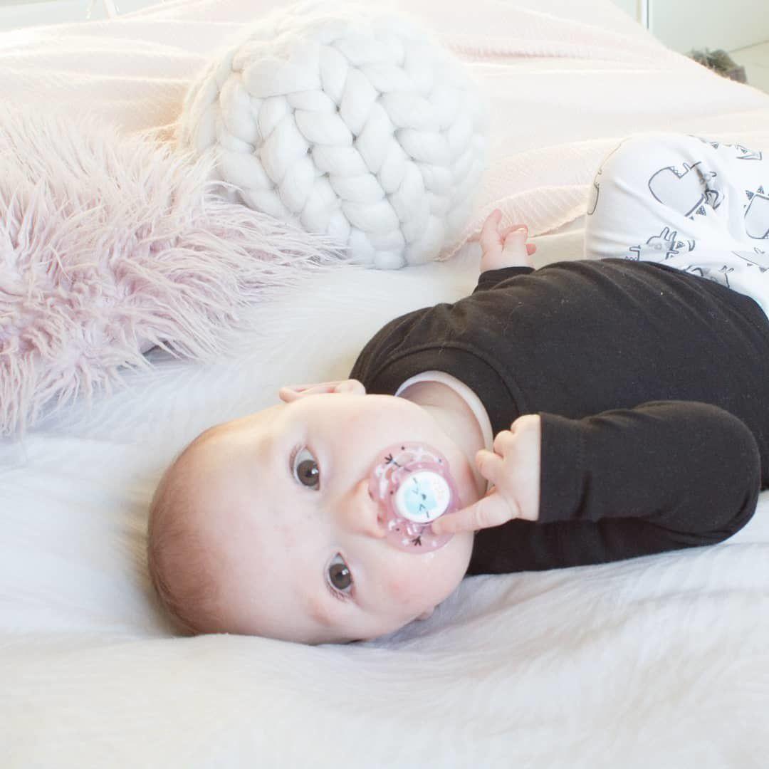 Ty ngậm thoáng khí cho bé Tommee Tippee AIR 18-36 tháng (vỉ 2 cái) - Xanh