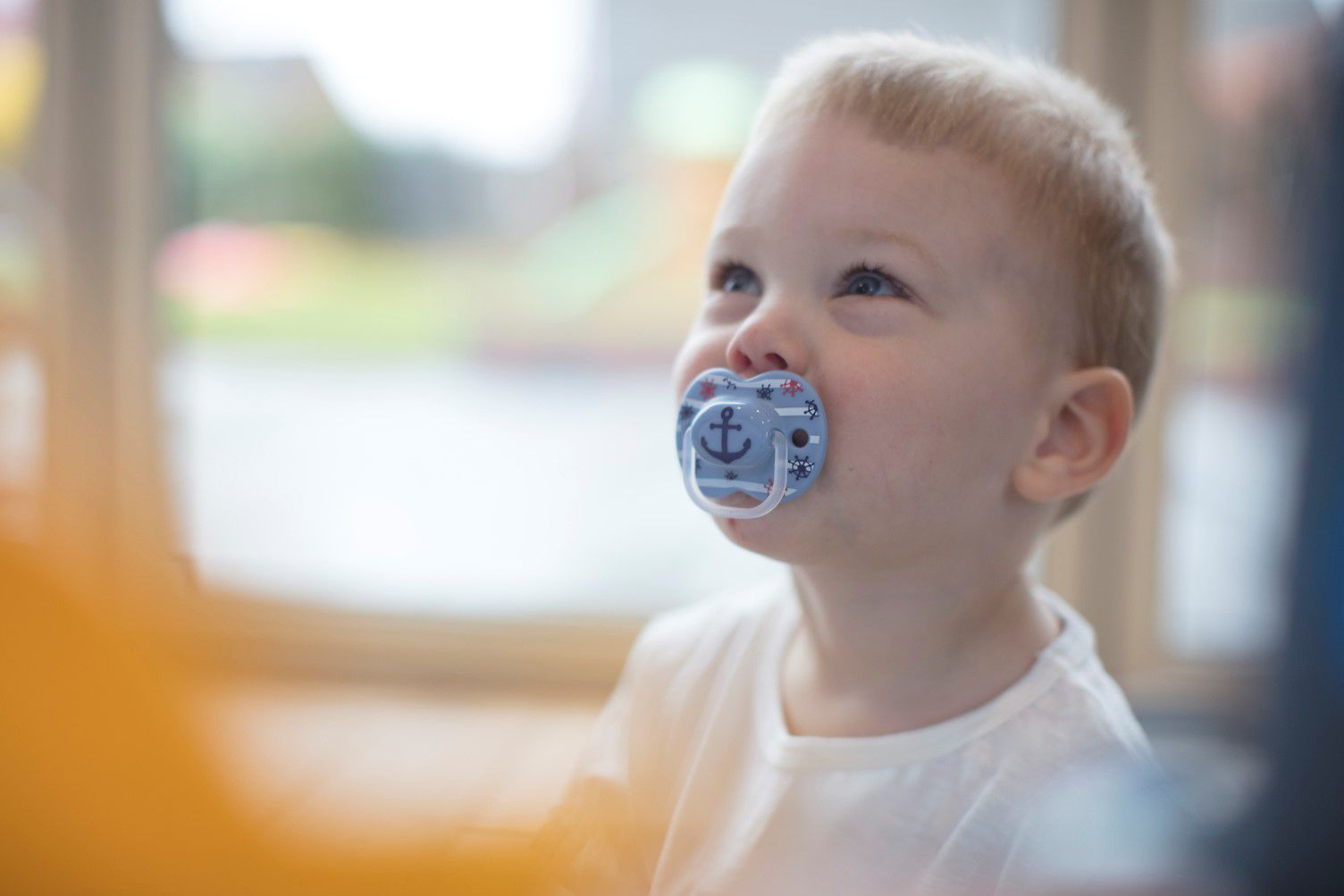 Ty ngậm cho bé Tommee Tippee Little London 6-18 tháng (vỉ 2 cái) - Xanh