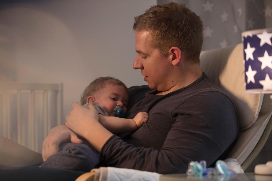 Ty ngậm dạ quang cho bé Tommee Tippee Night Time 18-36 tháng (vỉ 2 cái) - Xanh