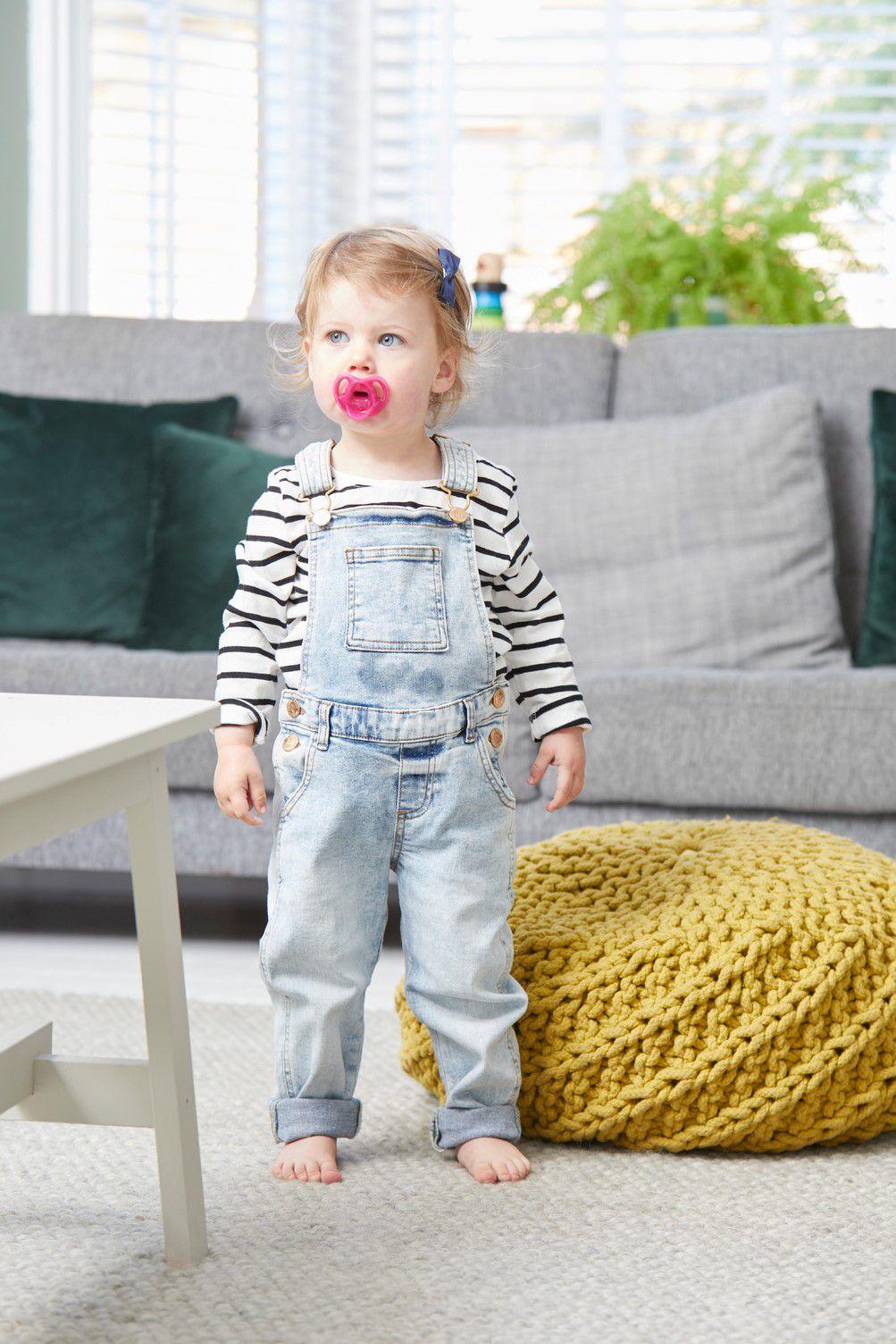 Ty ngậm silicon siêu nhẹ cho bé Tommee Tippee 18-36 tháng (vỉ 1 cái) - Hồng
